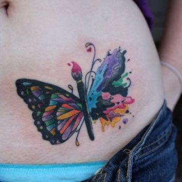 Tatouage ventre femme : 50+ idées de tatouages et leurs significations 22