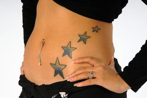 Tatouage ventre femme : 50+ idées de tatouages et leurs significations 68