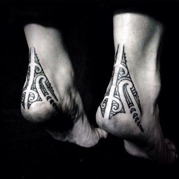 Tatouage Polynésien femme : 25+ idées de tatouages et sa signification 13