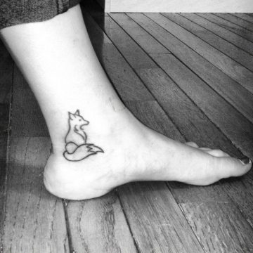 Tatouage cheville femme : 25+ idées de tatouages et leurs significations 2