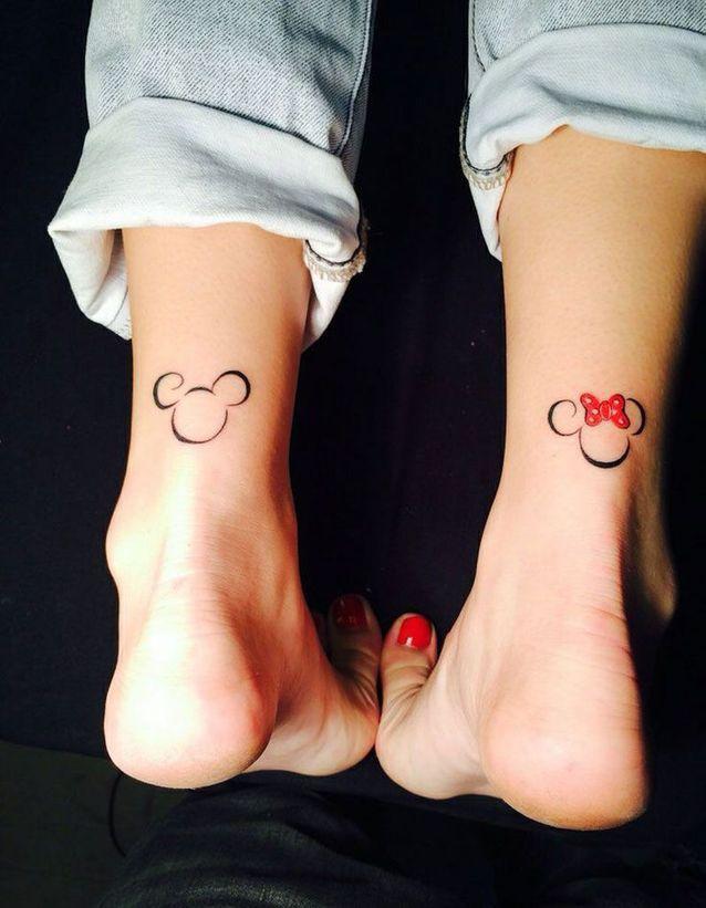 Tatouage cheville femme  25+ idées de tatouages et leurs significations 17