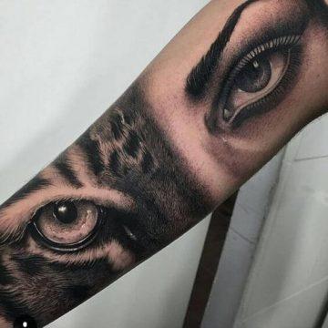 Tatouage bras femme : 50+ idées de tatouages et leur signification 286