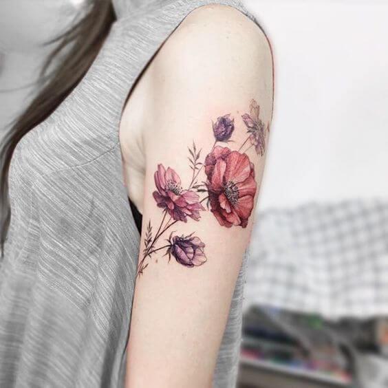 Tatouage épaule femme : 25+ idées de tatouages et leurs significations 21