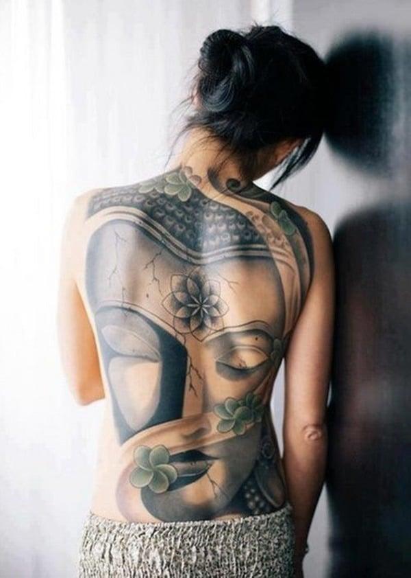 Tatouage dos femme : 50+ idées de tatouages et leurs significations 26