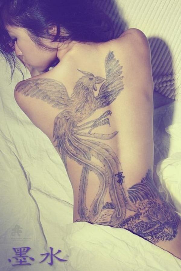 Tatouage dos femme : 50+ idées de tatouages et leurs significations 32