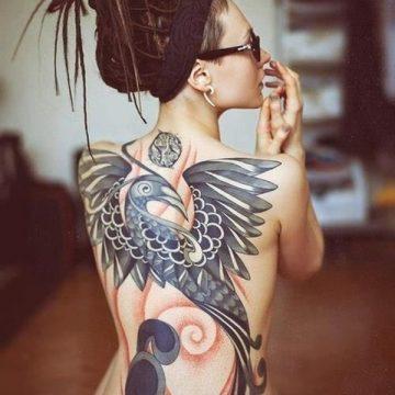 Tatouage dos femme : 50+ idées de tatouages et leurs significations 57