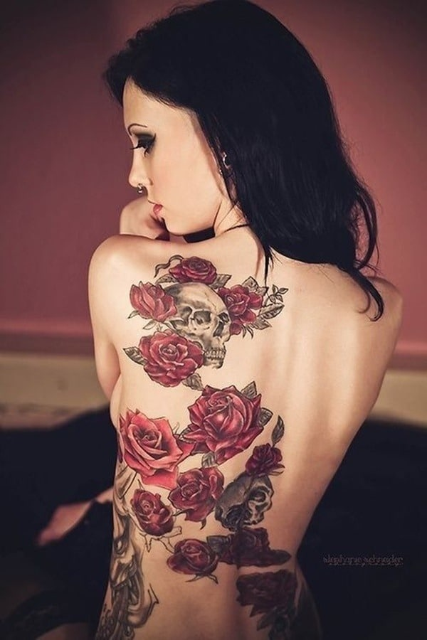 Tatouage dos femme : 50+ idées de tatouages et leurs significations 71