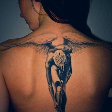 Tatouage dos femme : 50+ idées de tatouages et leurs significations 85