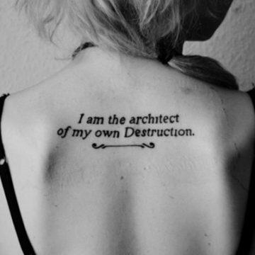 Tatouage dos femme : 50+ idées de tatouages et leurs significations 110