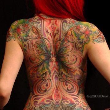 Tatouage dos femme : 50+ idées de tatouages et leurs significations 22