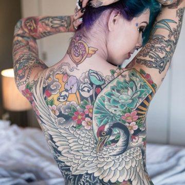 Tatouage dos femme : 50+ idées de tatouages et leurs significations 23