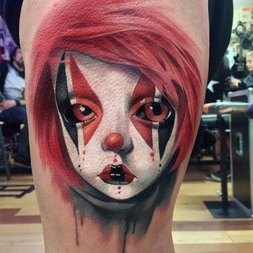 Tatouage Macabre femme : 20+ idées de tatouages et sa signification 9