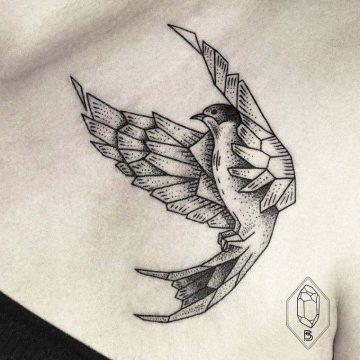 Tatouage épaule femme : 25+ idées de tatouages et leurs significations 86