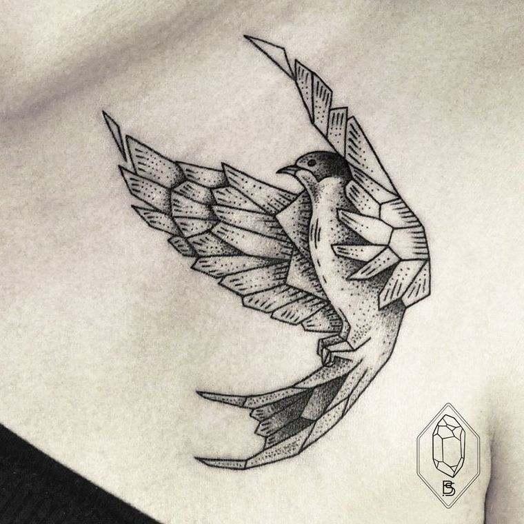 Tatouage épaule femme : 25+ idées de tatouages et leurs significations 15