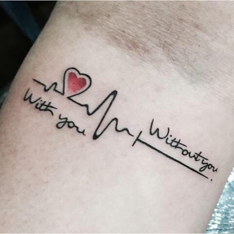 Tatouage Phrase femme : 35+ idées de tatouages et sa signification 41