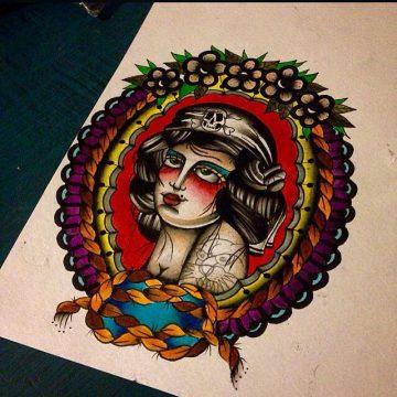 Tatouage Old School femme : 25+ idées de tatouages et sa signification 34