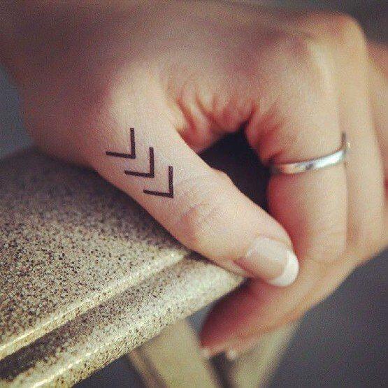 Tatouage Réaliste femme : 15+ idées de tatouages et sa signification 16