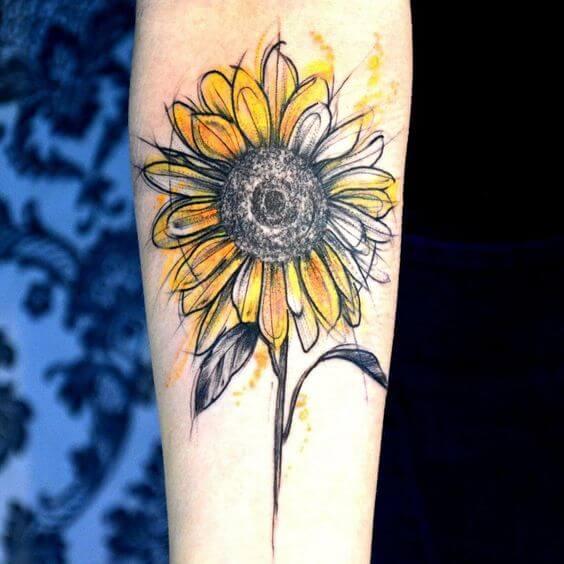 50 idées de tatouages de tournesol pour femme 8