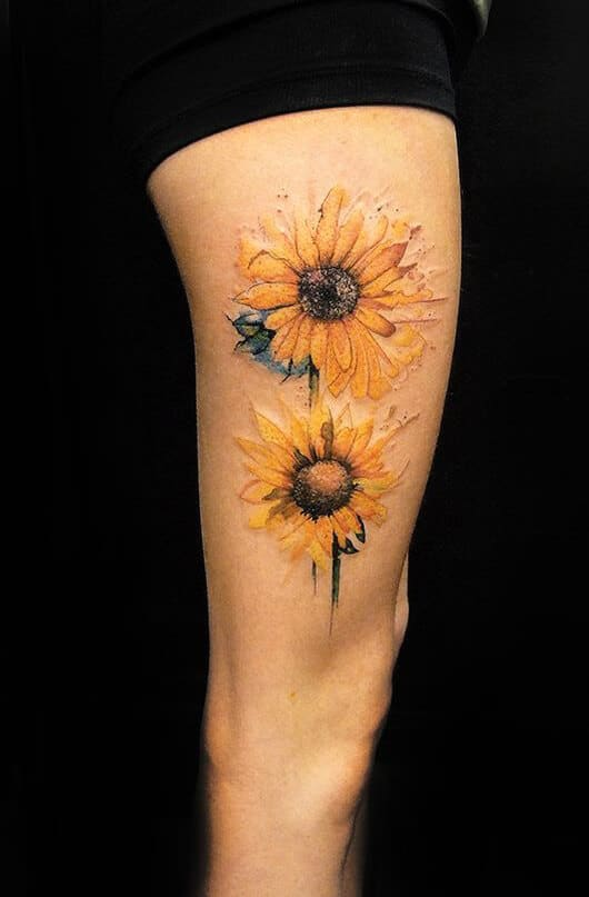 50 idées de tatouages de tournesol pour femme 29