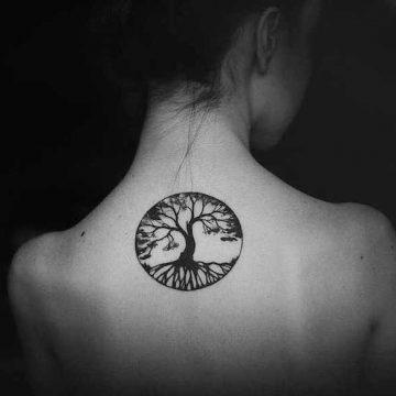 Tatouage épaule femme : 25+ idées de tatouages et leurs significations 126