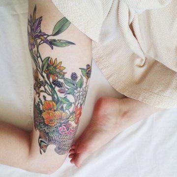 Tatouage cuisse femme : 30+ idées de tatouages et leurs significations 193