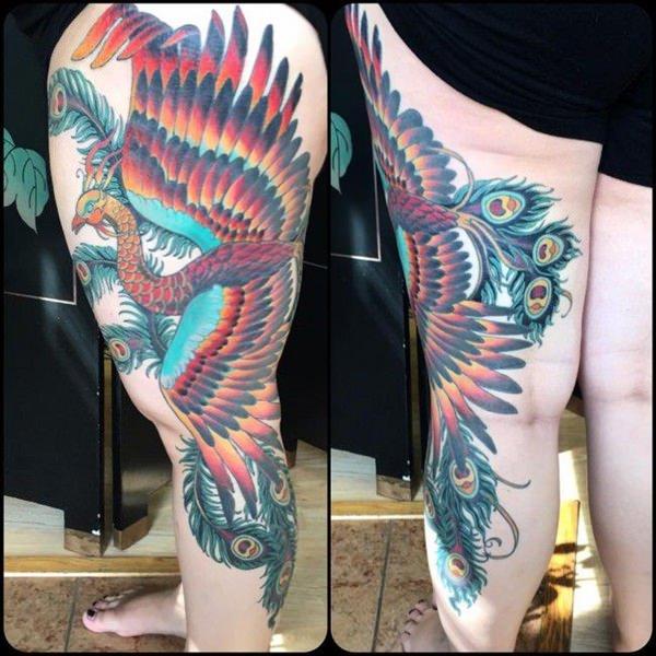 Tatouage cuisse femme : 30+ idées de tatouages et leurs significations 32