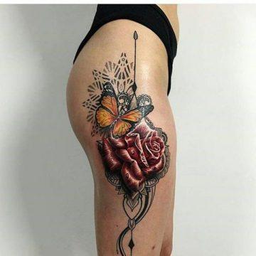 Tatouage cuisse femme : 30+ idées de tatouages et leurs significations 259