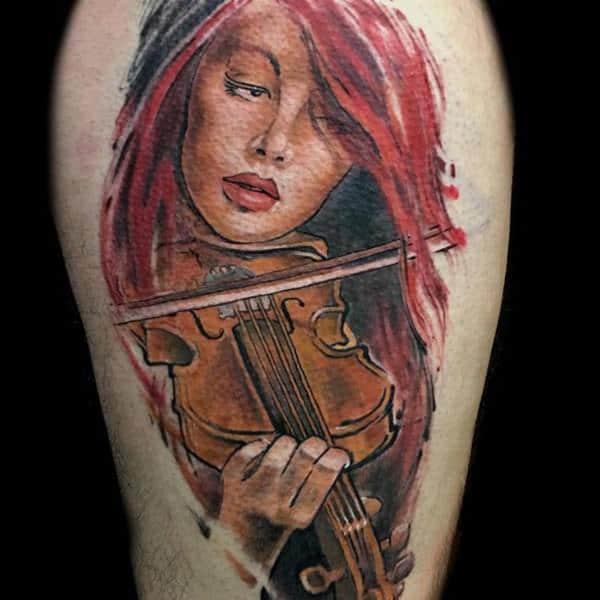 Tatouage cuisse femme : 30+ idées de tatouages et leurs significations 92