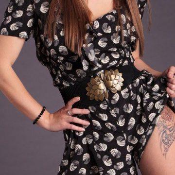 Tatouage cuisse femme : 30+ idées de tatouages et leurs significations 315