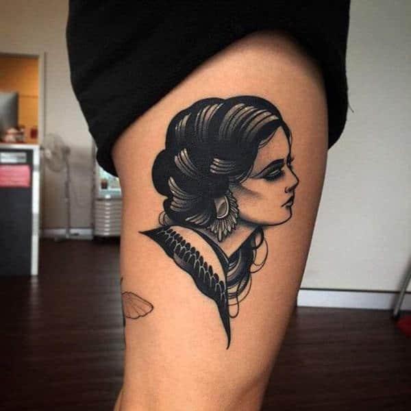 Tatouage cuisse femme : 30+ idées de tatouages et leurs significations 128