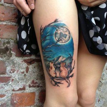 Tatouage cuisse femme : 30+ idées de tatouages et leurs significations 322