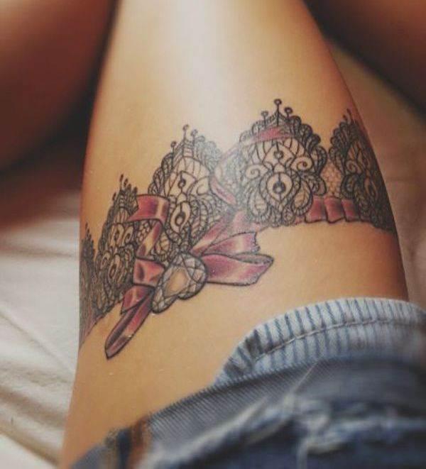 Tatouage cuisse femme : 30+ idées de tatouages et leurs significations 134