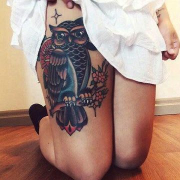 Tatouage cuisse femme : 30+ idées de tatouages et leurs significations 331