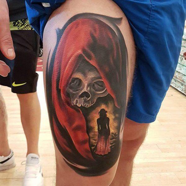 Tatouage cuisse femme : 30+ idées de tatouages et leurs significations 148