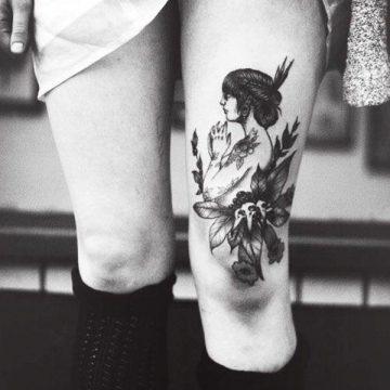Tatouage cuisse femme : 30+ idées de tatouages et leurs significations 342