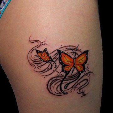 Tatouage cuisse femme : 30+ idées de tatouages et leurs significations 161