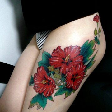 Tatouage cuisse femme : 30+ idées de tatouages et leurs significations 351