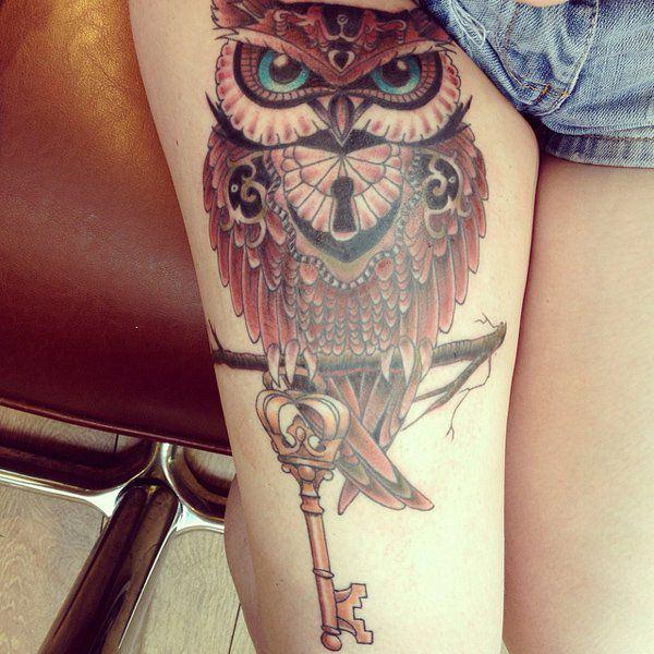 Tatouage cuisse femme : 30+ idées de tatouages et leurs significations 163