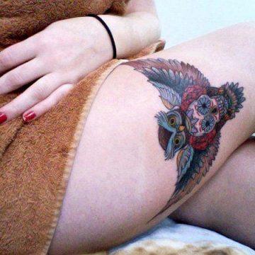 Tatouage cuisse femme : 30+ idées de tatouages et leurs significations 356