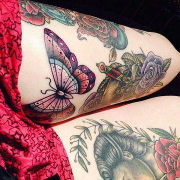 Tatouage cuisse femme : 30+ idées de tatouages et leurs significations 372