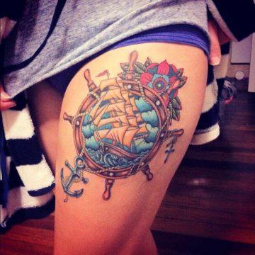 Tatouage cuisse femme : 30+ idées de tatouages et leurs significations 375