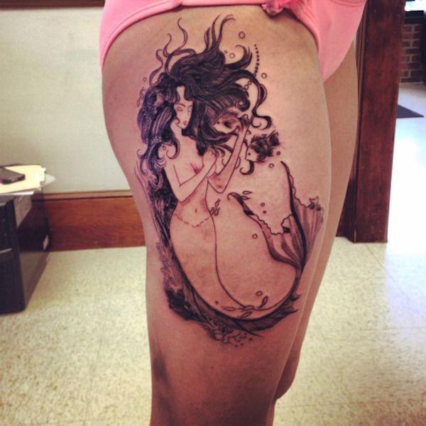 Tatouage cuisse femme : 30+ idées de tatouages et leurs significations 188