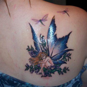 Tatouage épaule femme : 25+ idées de tatouages et leurs significations 113