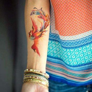 Tatouage épaule femme : 25+ idées de tatouages et leurs significations 96