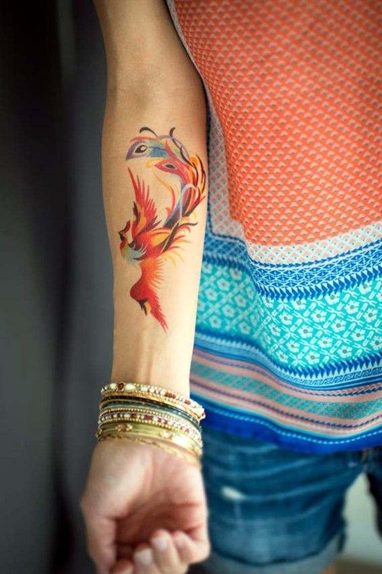 Tatouage épaule femme : 25+ idées de tatouages et leurs significations 25
