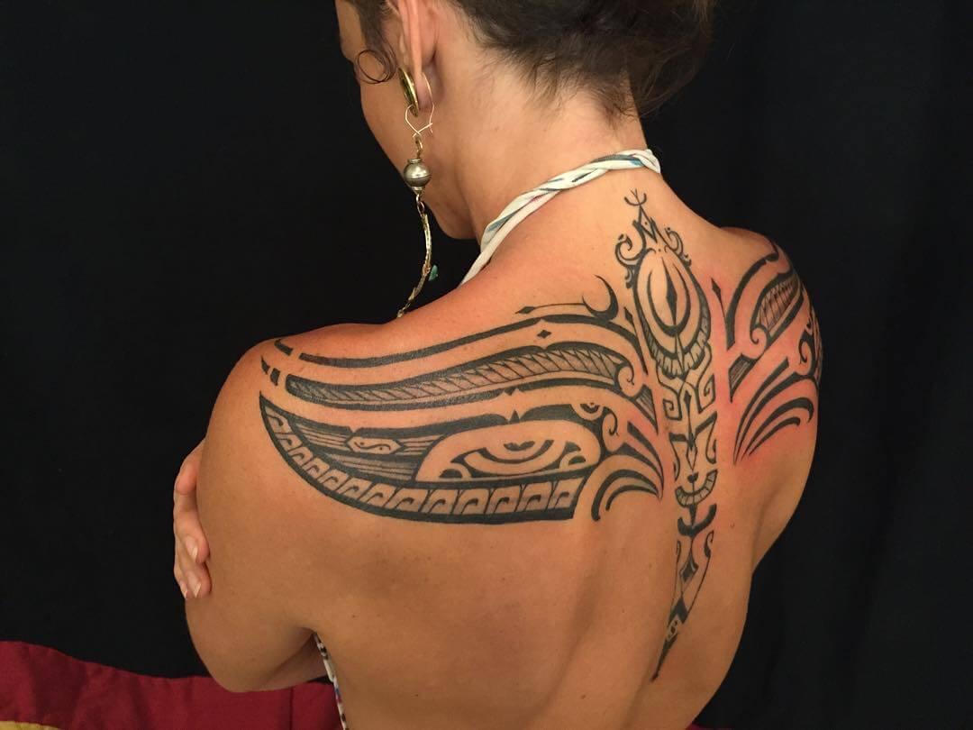 Tatouage Tribal femme : 50+ idées de tatouages et sa signification 2