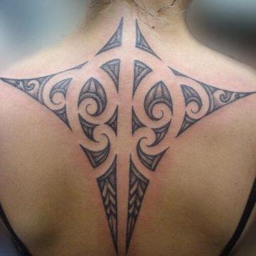 Tatouage Tribal femme : 50+ idées de tatouages et sa signification 56