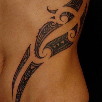 Tatouage Tribal femme : 50+ idées de tatouages et sa signification 64