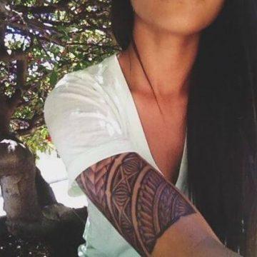 Tatouage Tribal femme : 50+ idées de tatouages et sa signification 67