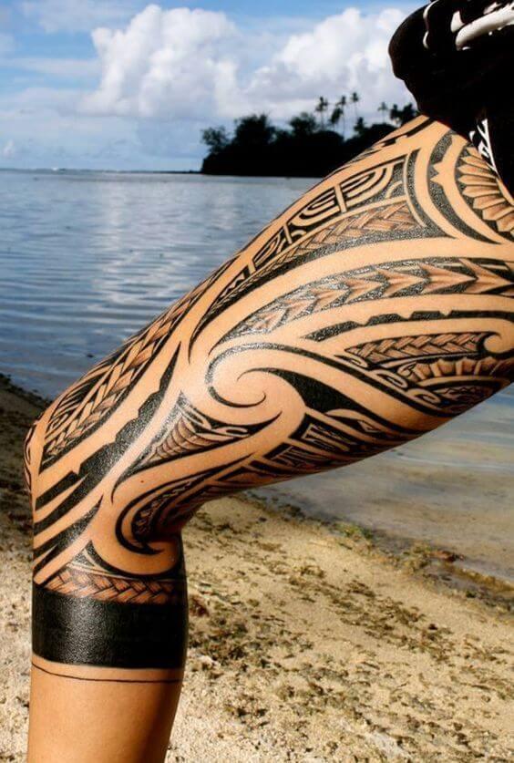 Tatouage Tribal femme : 50+ idées de tatouages et sa signification 22